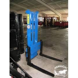 """Palečių krautuvas montuojamas traktoriaus gale """"MCMS PHW"""""""